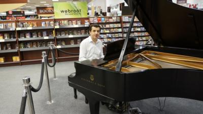 Victor Chebotarev | Seattle, WA | Piano | Photo #14
