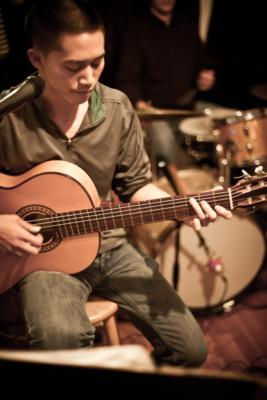 Barmey Ung | Chicago, IL | Acoustic Guitar | Photo #3