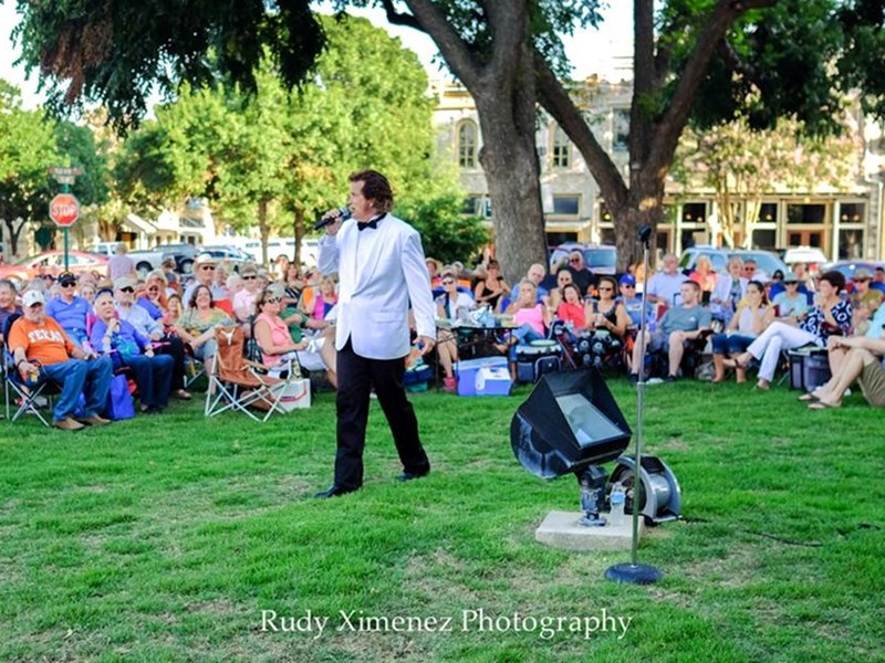 Mr. Thrill DJ PLUS Engelbert/ Diamond Tribute - Engelbert Humperdinck Tribute Act - Round Rock, TX