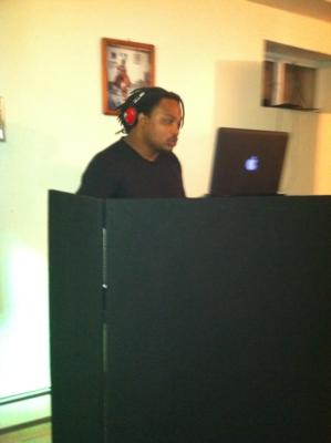 DJ2Roots | Rosedale, NY | Mobile DJ | Photo #1