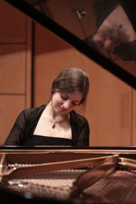 Anna Showalter | Durham, NC | Classical Piano | Photo #8