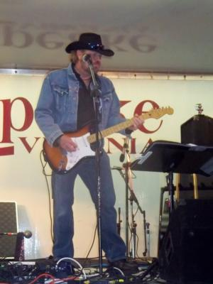 Toby Keith impersonator Ed Kelleher | Virginia Beach, VA | Toby Keith Tribute Act | Photo #5