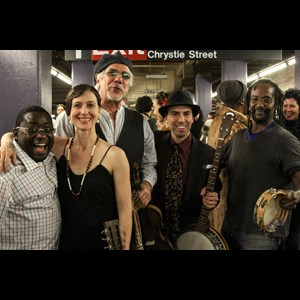 Kinnear Zydeco Band | Banjo Nickaru And His Western Scooches
