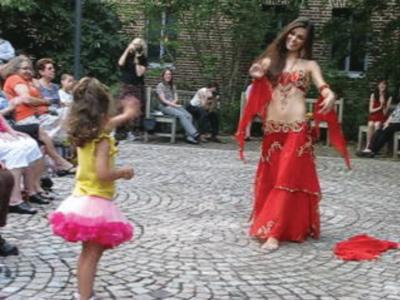 Sparkle with Kalilah Naia! | New York, NY | Belly Dancer | Photo #12