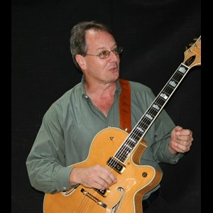 New Weston Acoustic Guitarist | Mark Williams