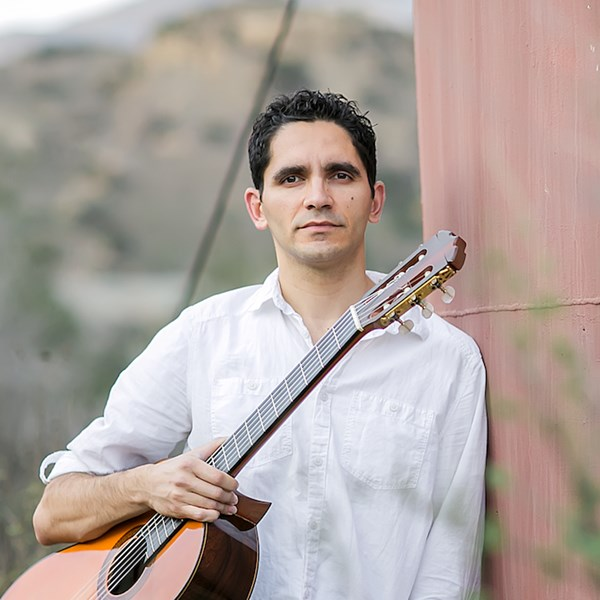 Tavi Jinariu - Los Angeles Acoustic Guitarist  - Acoustic Guitarist - Los Angeles, CA