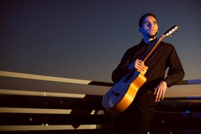 Tavi Jinariu - Los Angeles Acoustic Guitarist  | Los Angeles, CA | Acoustic Guitar | Photo #4