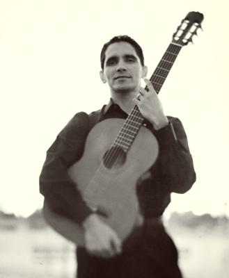 Tavi Jinariu - Los Angeles Acoustic Guitarist  | Los Angeles, CA | Acoustic Guitar | Photo #6