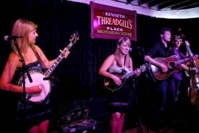 Chasing Blue | Nashville, TN | Bluegrass Band | Photo #5