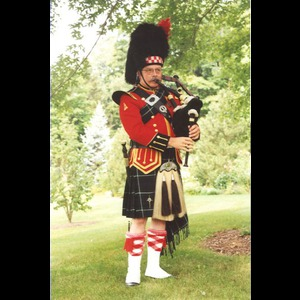 New Springfield Bagpiper | Donald B. Willis