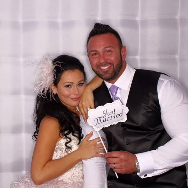 Devine Entertainment Photobooths - Photo Booth - East Brunswick, NJ