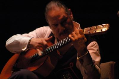Rene Heredia | Denver, CO | Flamenco Guitar | Photo #6