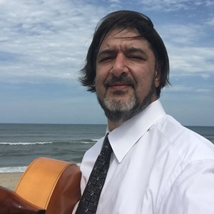Ramseur Acoustic Guitarist | Alex Gordez