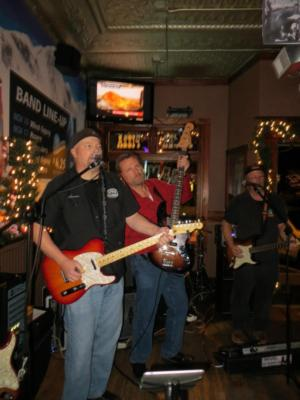 S.N.A.F.U. Band Chicago | Carpentersville, IL | Honky Tonk Band | Photo #9