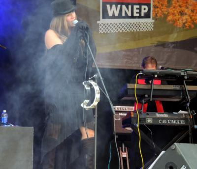 Stand Bac - Stevie Nicks Tribute & Cover Band | Mountain Top, PA | Cover Band | Photo #7