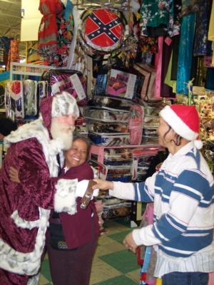 Magic Moments Entertainment | Roanoke, VA | Santa Claus | Photo #7