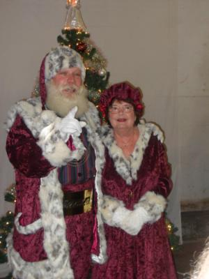 Magic Moments Entertainment | Roanoke, VA | Santa Claus | Photo #6