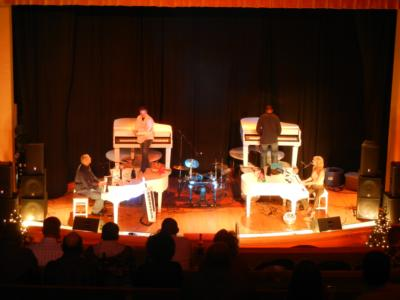 4 GRANDS / 8 HANDS DUELING PIANOS | Denver, CO | Pop Dueling Pianos | Photo #4