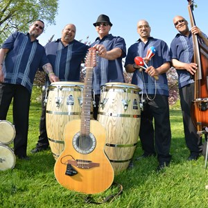 East Hartford Merengue Band | Grupo Warachando