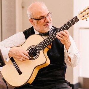 Chicago, IL Classical Guitarist | Hector Fernandez Music Inc.