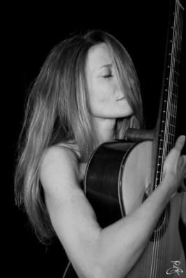 Samantha Wells Guitar | San Francisco, CA | Classical Guitar | Photo #6