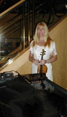 The Magic Strings | Miami Beach, FL | Violin | Photo #4
