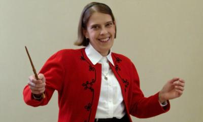 The Magic of Carrie Rostollan: Proximity Illusions | Auburn, MI | Magician | Photo #1