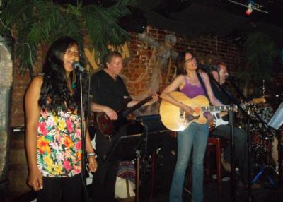 Lori Behrman Band | Brooklyn, NY | Cover Band | Photo #8