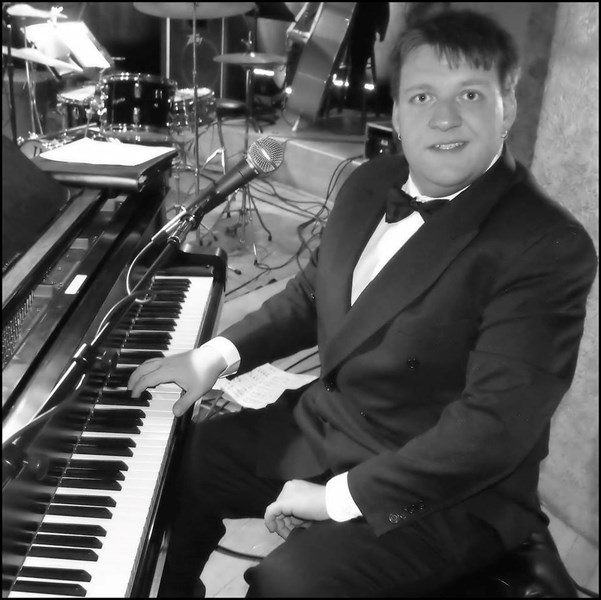 Praxial Productions - Pianist - Indianapolis, IN