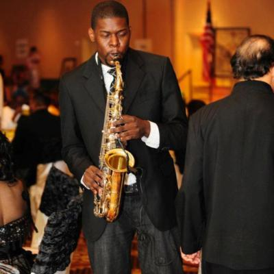 Mr. VSax | Houston, TX | Saxophone | Photo #6