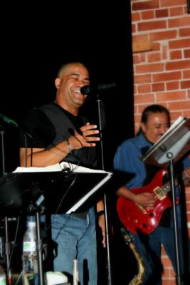 The House Arrest Band | Ventura, CA | Dance Band | Photo #10