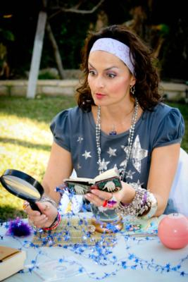 CHARACTER fortune teller,Vivian Moonbeam!   | Los Angeles, CA | Fortune Teller | Photo #4