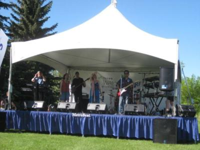 Metrobeat | Calgary, AB | Dance Band | Photo #4