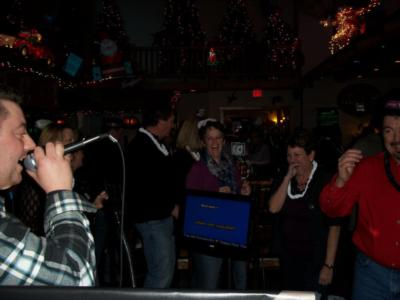 Top Hat Entertainment | Green Bay, WI | Karaoke DJ | Photo #6
