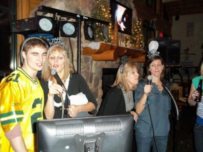 Top Hat Entertainment | Green Bay, WI | Karaoke DJ | Photo #7