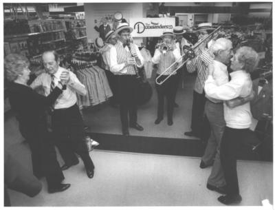 The Dixielanders Traveling Show Band | North Wales, PA | Dixieland Band | Photo #9