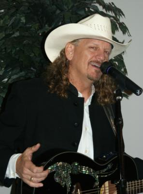 Rick Richards | Desoto, TX | Country One Man Band | Photo #13