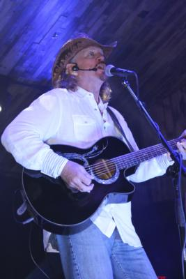 Rick Richards | Desoto, TX | Country One Man Band | Photo #19