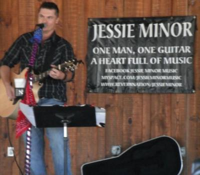 Jessie Minor  | Thorsby, AL | Country Singer | Photo #12