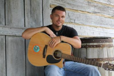Jessie Minor  | Thorsby, AL | Country Singer | Photo #18
