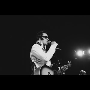 Melville Elvis Impersonator | Anthony Shore Award Winning Elvis Tribute Artist
