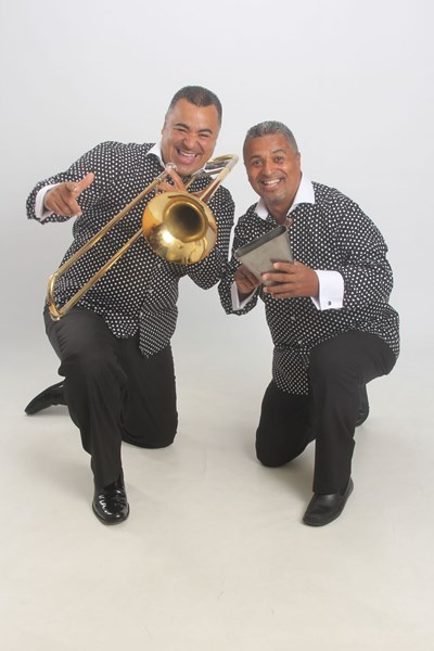 LOS HERMANOS MORENO - Salsa Band - Jersey City, NJ