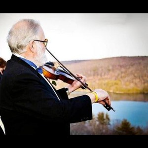 Mill River Violinist | Piano and Violin by Valenti