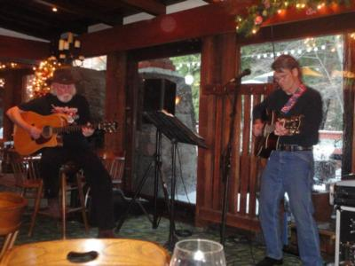 Willy B. & Nicky V | Idyllwild, CA | Acoustic Duo | Photo #11