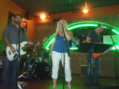 Sugar High | Novi, MI | Cover Band | Photo #6