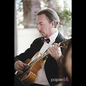 Tomball, TX Classical Guitarist | Mike Owen