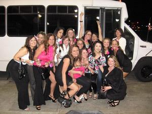 Lady in a Limo LLL | Seattle, WA | Party Bus | Photo #3