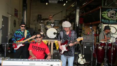 Moon Daddy Band | Seattle, WA | Classic Rock Band | Photo #10