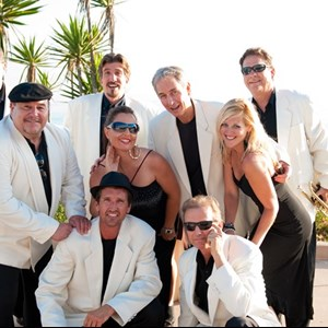 Escondido, CA Cover Band | The Fabulous Ultratones