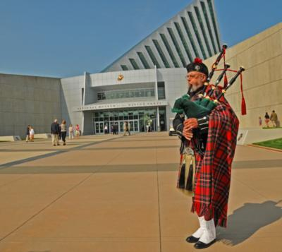 Piper, Norm Weaver | Anchorage, AK | Bagpipes | Photo #4